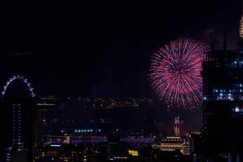 _nd23282_2019_new_year_fireworks