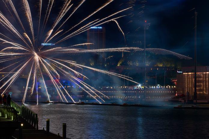6 Feb Fireworks